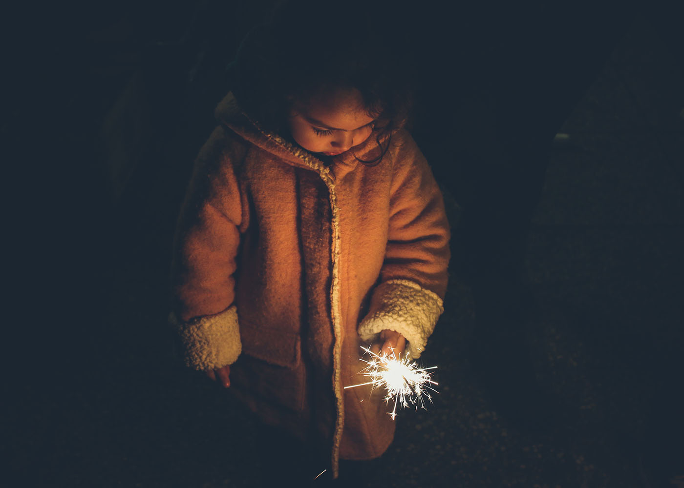 15 Ways to Teach Kids About Giving During the Holidays (While Doing Something Together as a Family)!